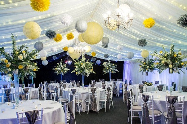 Best wedding decoration photos and trends for 2018 wedding decoration 2018 with chinese paper lamps junglespirit Images