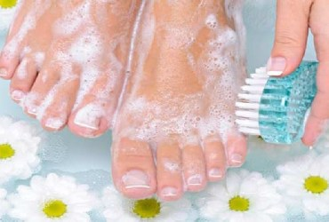 Foot care tips to follow for healthy feet