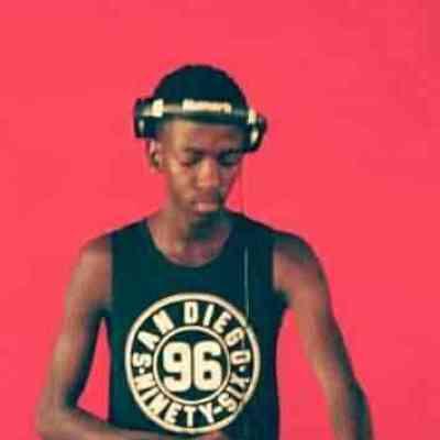 Happy Que Oxamu Busi Mhlongo MP3 Download