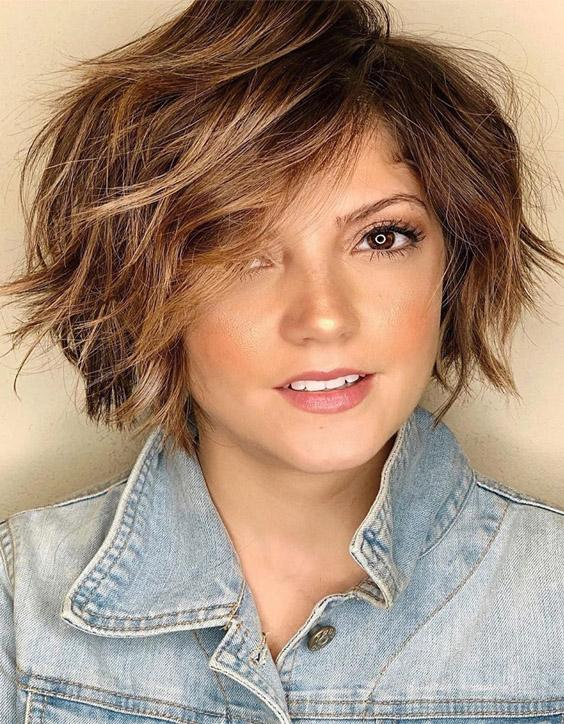 Fabulous Style of Short Brown Hair & Highlights for 2020