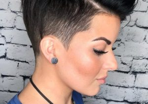 Charming Style of Short Pixie Haircuts for Girls In 2020