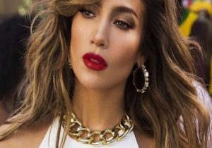 Gorgeous Brown Hair & Beauty Trends to Wear Now