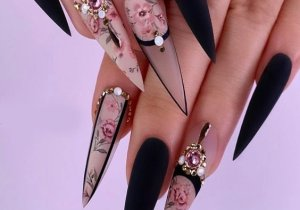 Pretty Style of Stiletto Nails for you In 2020