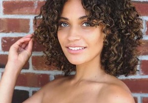 Bold Short Curly Hairstyles for Women in 2020