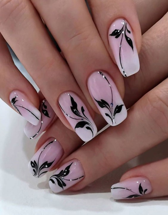 Romantic & Cute Nail Style to Copy In 2020