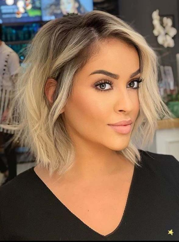 Stunning Short Haircuts with Blonde Shades