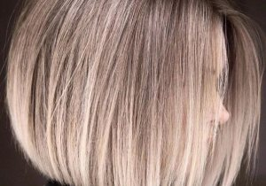 Gorgeous Sleek Bronde Hair Trends to Copy Now
