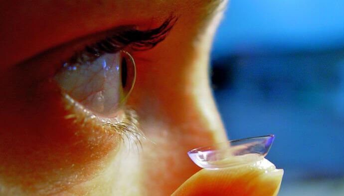 Ny app skal hjælpe dig med kontaktlinserne