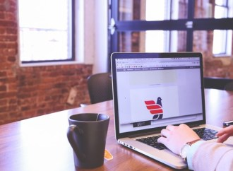 Arbejd hjemmefra som personlig virtuel konsulent