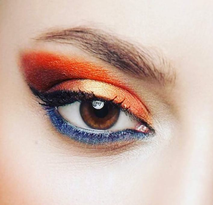 Blue & Simple Romantic Orange Eyes