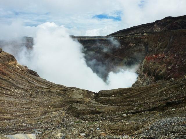 硫黄山噴火:火山警戒レベル3に引き上げられました!注意してください!