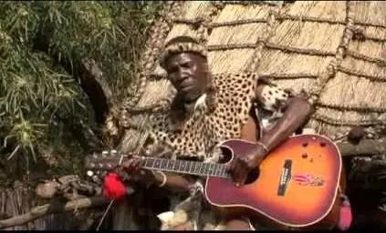 Utwalofu Namankentshane - Zithi Qhabu mp3 download