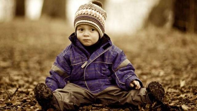 赤ちゃんの人見知りはいつから始まる?しない方法やコツは?
