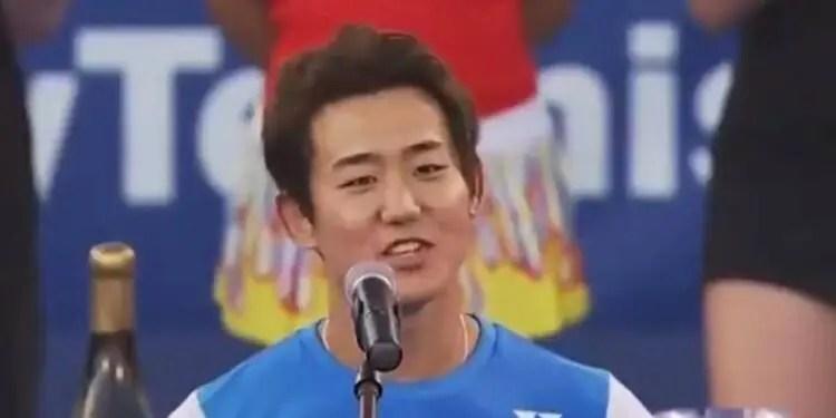 西岡良仁選手