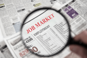 Job Market in Dubai should be evaluated by smart employees