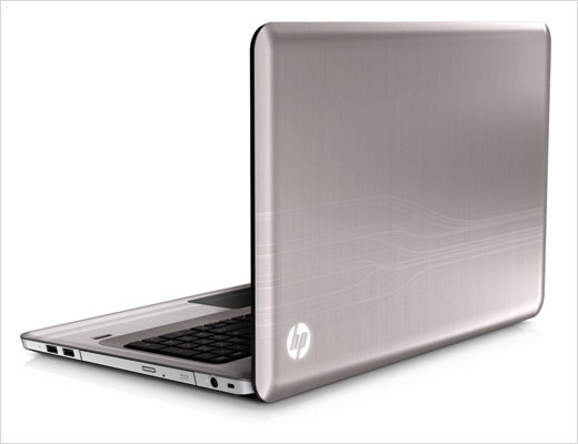 HP-Pavilion-dv7-Entertainment-PC-argento-rear-left-open