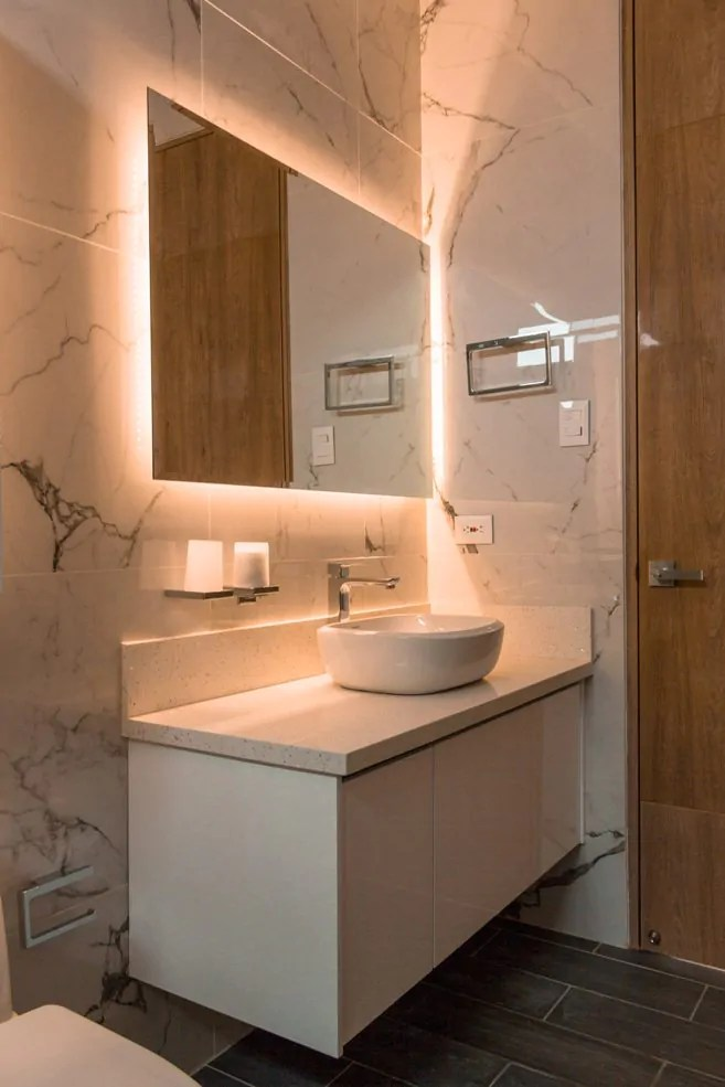 10 Keys To Choosing The Most Suitable Screen For Bathroom