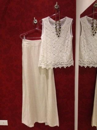 Trendy Store_Blusa em renda guipir e saia longa