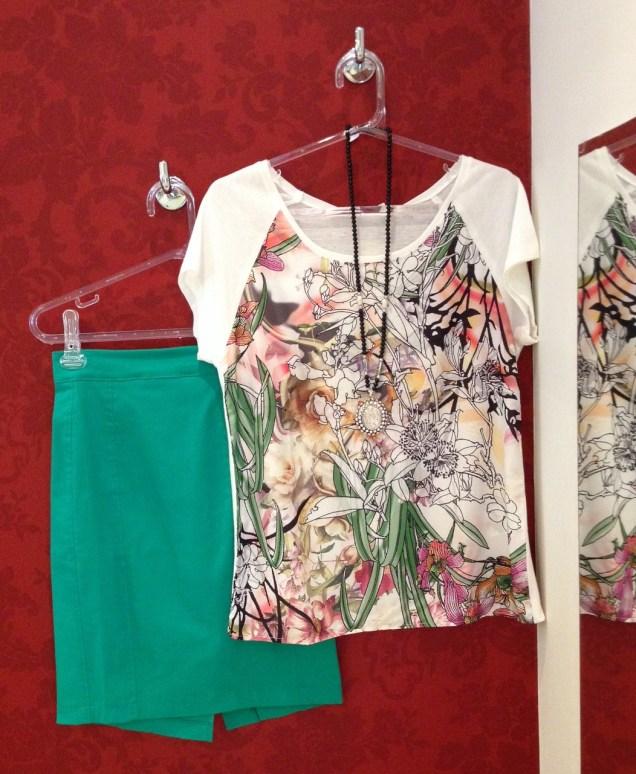 Trendy Store_Blusa estampada e saia lápis verde