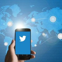 Trendy Techie's Guide to Tweetworking: How to Master Conference Networking at a Large Scale