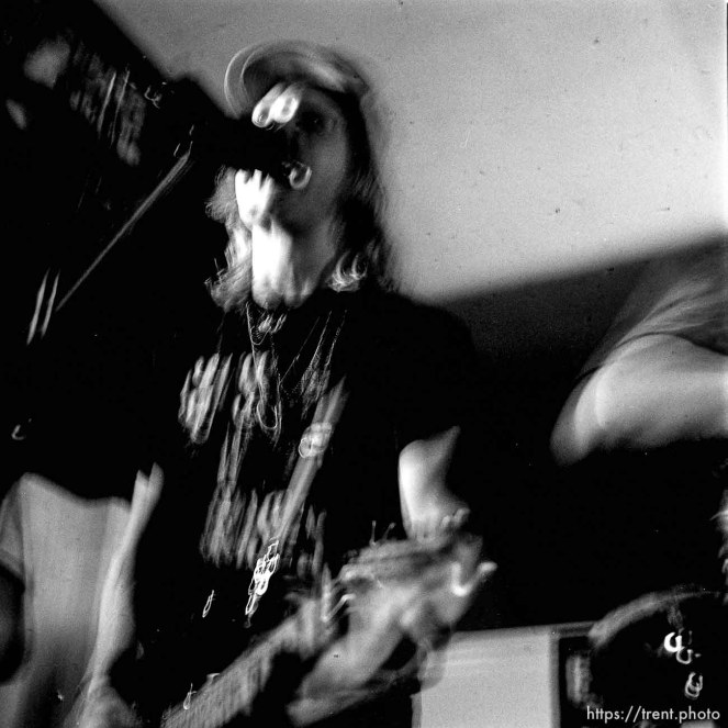 Boxcar Kids at Reptile Records (slow shutter).