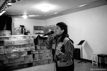 Monica Wilson sings Thanksgiving dinner at the Salt Lake City Mission.