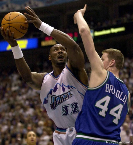 Karl Malone shoots over Shawn Bradley as the Utah Jazz face the Dallas Mavericks in game five of their first round playoff series, in Salt Lake City Thursday. 05/03/2001