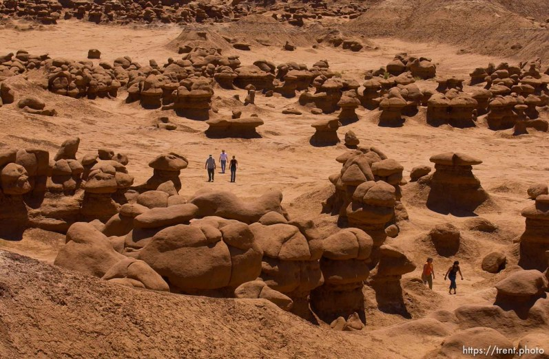 Goblin Valley; 05.27.2002, 12:36:16 PM