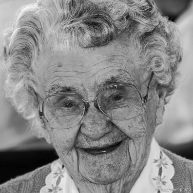 Ivy Brooks, 102, SLC. The 16th annual celebration of Utah's Centenarians at the Governor's Mansion. ; 05.29.2002, 9:49:13 AM