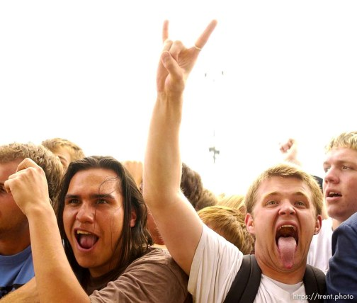 No Use for a Name. Warped Tour. 06/22/2002, 1:50:29 PM