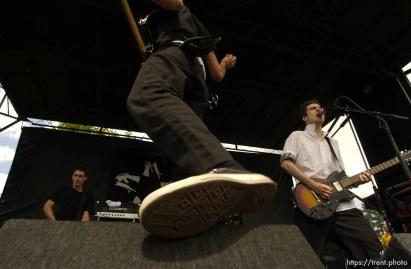 Anti-Flag. Warped Tour. 06/22/2002, 3:11:11 PM