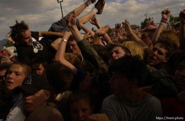 NOFX. Warped Tour. 06/22/2002, 6:32:17 PM