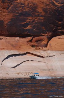 Landmarks which had previously been submerged in Glen Canyon are now becoming visible with the lower water levels in Lake Powell. 05.10.2003, 2:44:48 PM