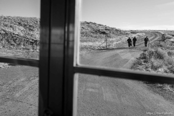 navajo kids being dropped off after school via bus.