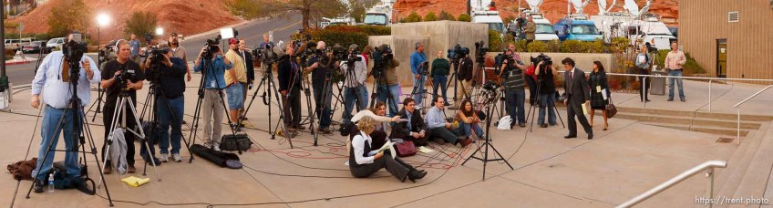 media at Warren Jeffs preliminary hearing.