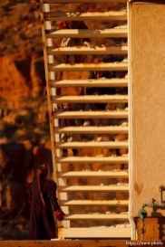 Hildale - Kids playing on stairs; 12.19.2006