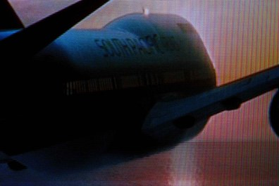 Stills from the film Snakes on a Plane