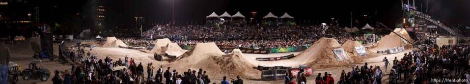 Salt Lake City - BMX Dirt, AST Dew Tour, Friday September 12, 2008.