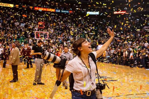 Trent Nelson | The Salt Lake Tribune Utah Jazz vs. Los Angeles Lakers, NBA basketball Friday, November 26, 2010 at EnergySolutions Arena. Kristin Heinichen