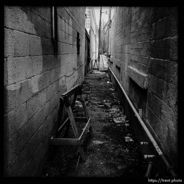 alley. south state project.