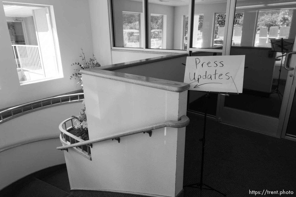Trent Nelson | The Salt Lake Tribune press updates sign at city hall for a press conference regarding the continued search after a flash flood. Colorado City, Wednesday September 16, 2015.