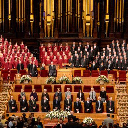 (Trent Nelson   The Salt Lake Tribune) Funeral services for Elder Robert D. Hales at the Salt Lake Tabernacle in Salt Lake City Friday October 6, 2017.