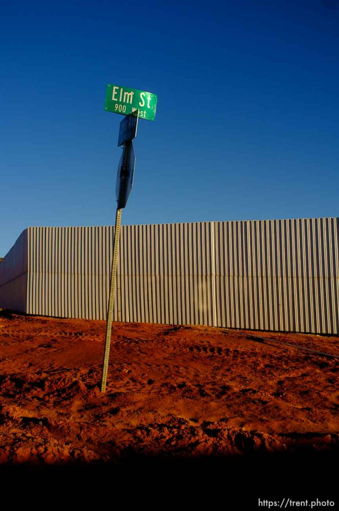 wall and Elm Street sign, hildale, Wednesday January 14, 2015.