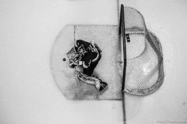 Utah goaltender Jamie Storr records a shut-out as Utah wins 1-0