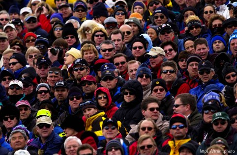 Fans. Crowd. Men's Aerials Final, Tuesday at Deer Valley, 2002 Olympic Winter Games. ; 02.19.2002, 1:04:08 PM