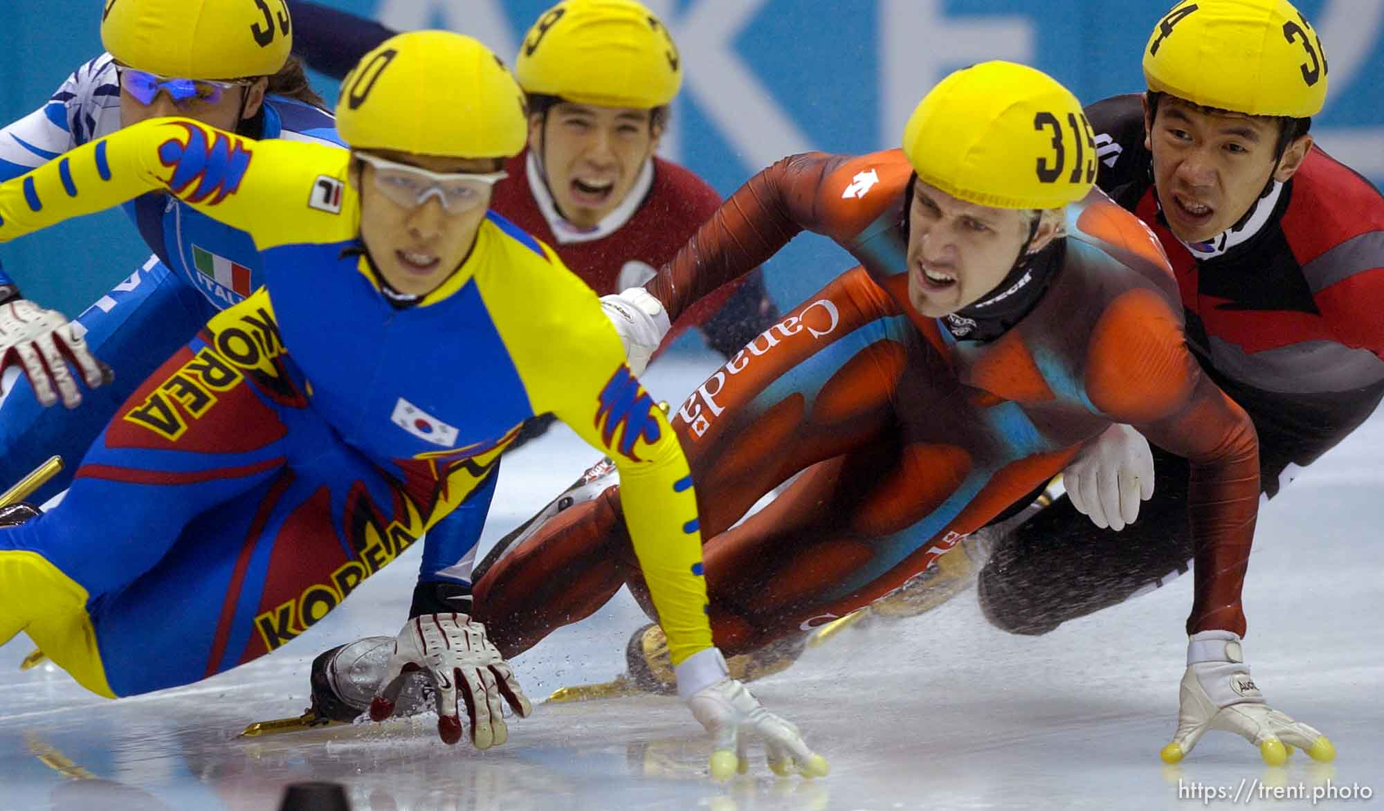 Men's 1500m Final, Wednesday evening at the Salt Lake Ice Center, 2002 Olympic Winter Games. 02.20.2002, 8:45:37 PM
