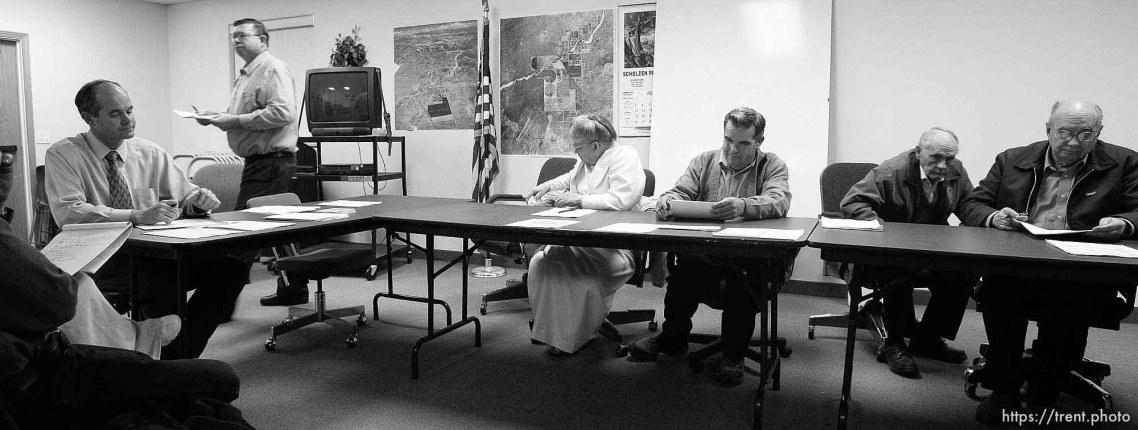 colorado city Council left to right: Kimball Barlow (gray shirt), Karen Barlow (pink dress), Terrill Johnson, Bygnal Dutson, Floyd Black, Donald Richter