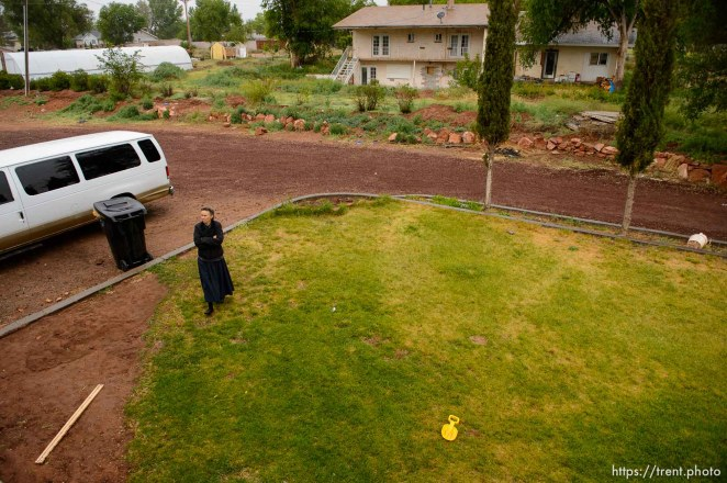 Trent Nelson   The Salt Lake Tribune UEP eviction of property at 555 N Lauritzen Ave, Colorado City, AZ, Wednesday May 10, 2017. FLDS single mother Liz.