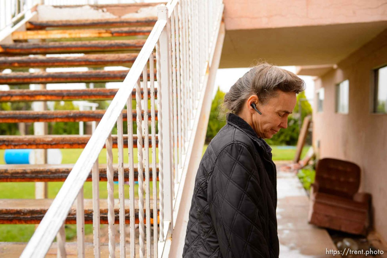 Trent Nelson | The Salt Lake Tribune UEP eviction of property at 555 N Lauritzen Ave, Colorado City, AZ, Wednesday May 10, 2017. FLDS single mother Liz.