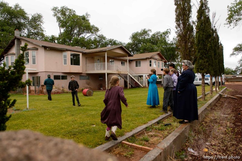 Trent Nelson | The Salt Lake Tribune UEP eviction of property at 555 N Lauritzen Ave, Colorado City, AZ, Wednesday May 10, 2017.